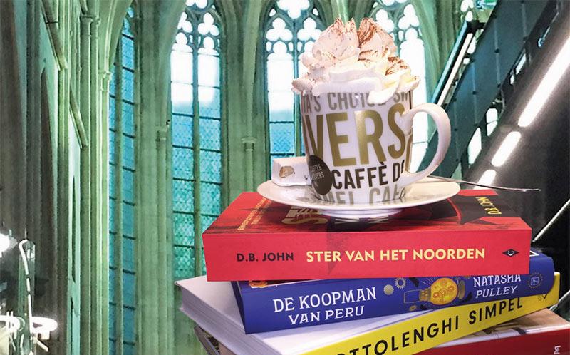 Impressie boekhandel Dominicanen in Maastricht