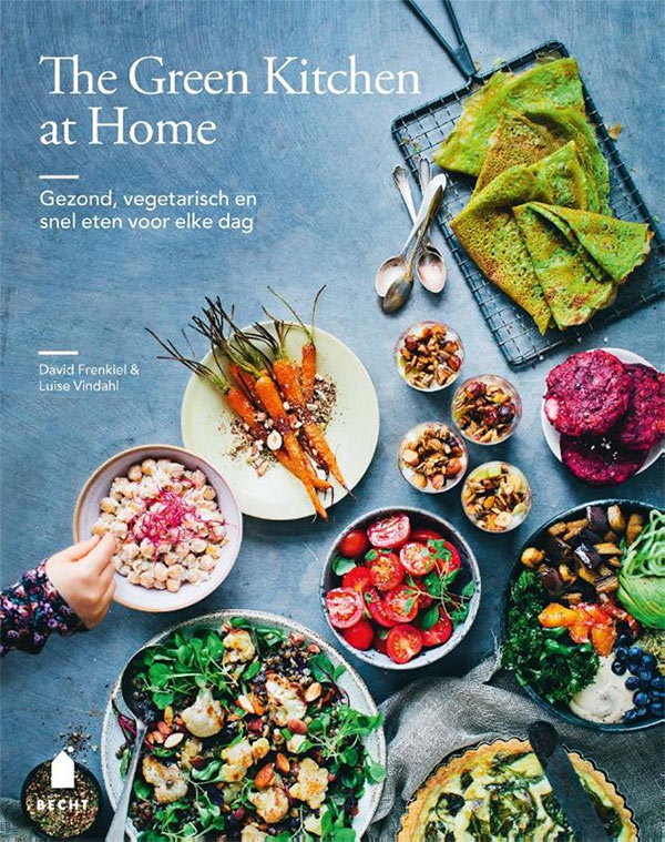 Omslag van The green kitchen at home door David Frenkiel en Luise Vindahl